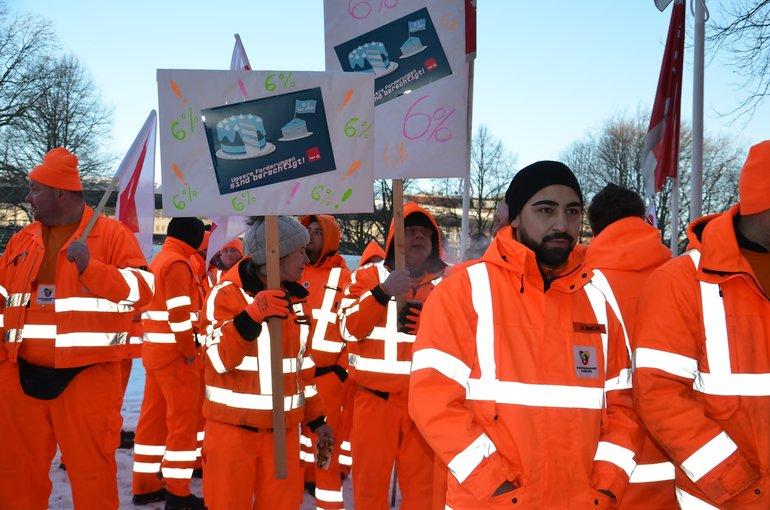 Aktion vor dem Gewerkschaftshaus Hamburg zur TRöD 2018